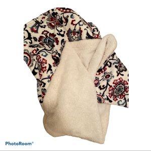 EUC paisley print throw blanket